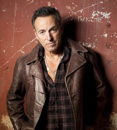 Bruce Springsteen Auditioned for Columbia Records 40 Years Ago    Hear some of his early demos.    http://www.rocksquareinfo.com/blog/?p=4290