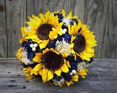 Rustic sunflowers with navy flowers and baby's breath wedding bouquets with sunflowers, blue Fall Wedding, Diy Wedding, Dream Wedding, Wedding Dress, Navy Rustic Wedding, Wedding Venues, Wedding Rings, Wedding 2017, Luxury Wedding