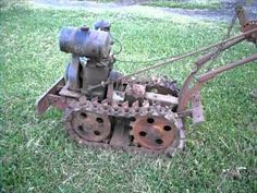 Built in the early Chain-Tred tractor built by The Windolph Tractor Company in Po. Antique Tractors, Vintage Tractors, Vintage Farm, Vintage Tools, Yard Tractors, Small Tractors, Walk Behind Tractor, Garden Tractor Attachments, Terrain Vehicle