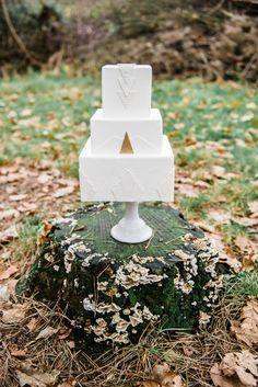 Shop the most beautiful weddingcake decorations at: https://www.weddingdeco.nl/ / Koop de allermooiste bruidstaart decoratie hier: https://www.weddingdeco.nl/