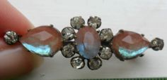 Vintage antique Victorian saphiret glass brooch old costume jewellery