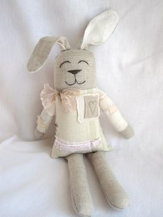 I love this style bunny to make to match Millie's quilt!