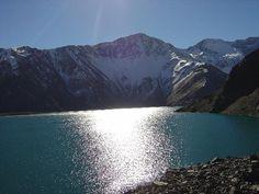 Laguna Negra, Cajón del Maipo, Chile.