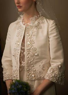 OSCAR DE LA RENTA BRIDAL 2013 - #Vestidos de #novia colección 2013 http://bodasnovias.com/disenadores-de-vestidos-de-novia-oscar-de-la-renta/2906/: