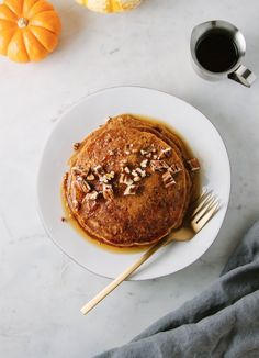 Vegan Breakfast & Brunch Recipes - The Simple Veganista Brunch Recipes, Vegan Recipes, Fall Recipes, Vegan Foods, Vegan Meals, Pumpkin Recipes, Vegan Desserts, Healthy Foods, Vegan Pumpkin Pancakes