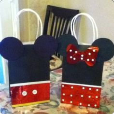 Mikey mouse  And Minnie