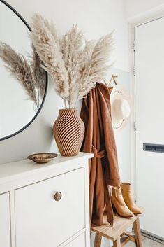 thanksgiving home decor Interior Design Inspiration, Home Decor Inspiration, Design Ideas, Living Room Decor, Bedroom Decor, Flur Design, Scandinavian Home, New Room, Cozy House