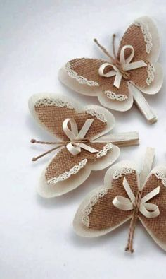 Diy Crafts - Set of 5 Clothes Pins with Butterfly Wings, Burlap Butterfly Wings, White Cottage Chic Wedding Decor, Rustic Home Decor, Burlap Ornaments Crafts To Make, Crafts For Kids, Arts And Crafts, Diy Crafts, Paper Crafts, Decor Crafts, Butterfly Crafts, Butterfly Wings, Butterfly Decorations