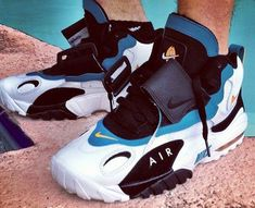 "Nike Air Max Speed Turf ""Dolphins"" Retro R kewl Nike Air Shoes, Nike Free Shoes, Nike Shoes Outlet, Nike Air Max, Sneakers Nike, Nike Trainers, Summer Sneakers, Zapatillas Nike Cortez, Zapatillas Jordan Retro"