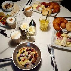 Die romantischsten Locations im Wiener Herbst - Teil 2 U Bahn Plan, Date Cake, Brunch, Date Recipes, Sticky Toffee, Dating Tips For Men, Funny Comments, Date Dinner, Single Dating