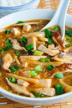 Quick and Easy Chinese Hot and Sour Soup. A healthy soup recipe that is better for you than takeout! Use coconut sugar rather than brown sugar to keep this soup clean eating friendly. Pin now to make this healthy soup recipe later! Vegetarian Recipes, Cooking Recipes, Healthy Recipes, Asian Food Recipes, Cooking Videos, Simple Recipes, Sausage Recipes, Cooking Classes, Yummy Recipes