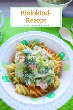 Leckeres Rezept für Nudeln mit Gemüse. Brokkoli und Zucchini. In Frischkäse-Sauce mit Schinken.