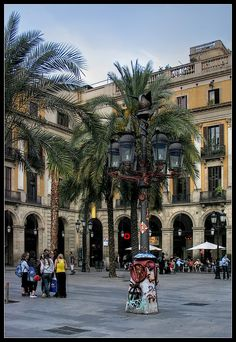 Barcelona. The Royal Square YESSSSS
