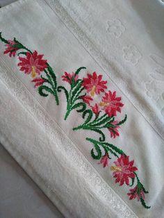 Cross Stitch Horse, Cross Stitch Borders, Cross Stitch Flowers, Cross Stitch Patterns, Hand Embroidery Designs, Embroidery Patterns, Baby Knitting Patterns, Flower Patterns, Cross Stitch Embroidery