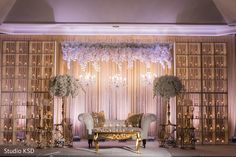 Stage decor ideas for the reception Reception Stage Decor, Wedding Stage Backdrop, Indian Reception, Indian Wedding Receptions, Wedding Backdrop Design, Outdoor Indian Wedding, Desi Wedding Decor, Reception Backdrop, Indian Wedding Ceremony