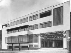 Bank, Bohuslav Fuchs & Jindřich Kumpošt, Tisnov, Czechoslovakia 1931