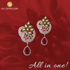 Simplicity is the keynote of all Elegance! Visit our store for more beautiful collection! #SLGJewellers #Jewellery #Necklace #Earring #Fashion #Lifestyle #Womenfirstlove