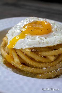 Τσουχτή, η ονομαστή μακαρονάδα της Μάνης ⋆ Cook Eat Up! Eggs, Breakfast, Food, Morning Coffee, Essen, Egg, Meals, Yemek, Egg As Food