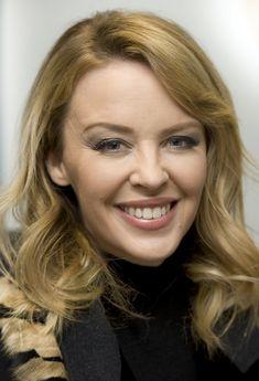 Pop Singers, Female Singers, Kylie Minogue Albums, Kylie Minouge, Celebs, Celebrities, Music Artists, Princess, Beauty