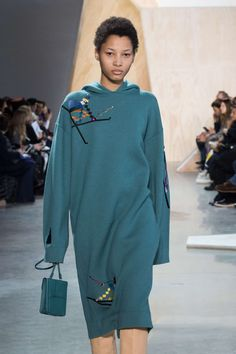 Lacoste Fall-Winter 2016, Womenswear - Catwalks (#24273)