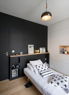 entrusted with the development of this family duplex in Lyon, in the famous Croix Rousse district. The colours are trendy, the design is soft and Feature Wall Bedroom, Bedroom Wall, Bedroom Decor, Bedroom Ideas, Bedroom Designs, Happy New Home, Black Rooms, Awesome Bedrooms, Minimalist Bedroom