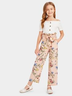 Shop Girls Paperbag Waist Floral Print Pants with Belt online. SHEIN offers Girls Paperbag Waist Floral Print Pants with Belt & more to fit your fashionable needs. Teenage Girl Outfits, Girls Fashion Clothes, Dresses Kids Girl, Cute Girl Outfits, Kids Outfits Girls, Tween Fashion, Teen Fashion Outfits, Cute Outfits For Kids, Cute Casual Outfits