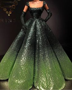 Dress by Valdrin Sahiti. if you want to stand out in a crowd this is the one with it's unusual lines. Ball Dresses, Ball Gowns, Prom Dresses, Wedding Dresses, Formal Gowns, Beautiful Gowns, Pretty Dresses, Designer Dresses, Evening Dresses