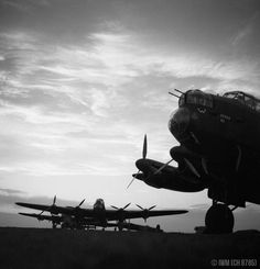 """WWll """"Avro Lancasters of No 57 Squadron, Royal Air Force, lined up in the dusk at Scampton, Lincolnshire, before an operation. Air Force Bomber, Lancaster Bomber, Aviation Image, Aviation Art, Air Raid, Ww2 Planes, Vintage Airplanes, Ww2 Aircraft, Royal Air Force"""