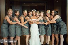 Lovely wedding party pose and these dresses are to die for!!!!!!!!!!