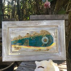 Gold and shimmer adorn this magical Mahi !  Fun is encrusted with locally found beach sand with a bit of glam. Rich in color and metallic shine. 23x15 glassy overlay
