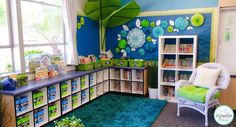 The classroom library of my dreams. Every book has a full color label that matches the picture tag on each book bin or shelf. Talk about library organization! Visit Core Inspiration for a peak inside the rest of this calm, clean classroom.