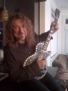 Robert Plant - look at that guitar!