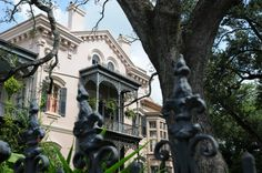 Ghost tours, haunted hotels, Museum of Death- Here's @gonola's thirteen ways to have a spooktacular time in #NOLA