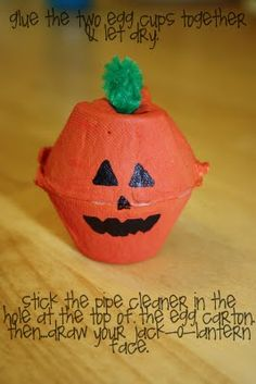 There are so many great Halloween crafts for kids, you could spend your entire Fall making them! However, if you only have time for a couple Halloween crafts this season, these Egg Carton Jack O' Lanterns should be on your list for sure. Diy Halloween, Halloween Crafts For Kids, Holiday Crafts, Party Crafts, Pumpkin Crafts Kids, Halloween Clothes, Diy Pumpkin, July Crafts, Halloween Projects
