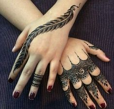 Spreading all around your fingers, these arabic finger mehndi designs are a sensible choice. Arabic finger mehndi designs consists of floral, rounded, thick Henna Hand Designs, Eid Mehndi Designs, Mehndi Designs Finger, Modern Mehndi Designs, Mehndi Design Pictures, Mehndi Designs For Fingers, Beautiful Mehndi Design, Latest Mehndi Designs, Henna Tattoo Designs