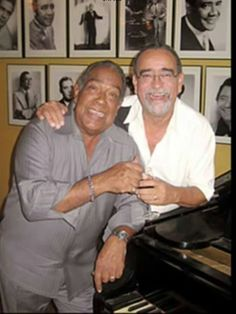 Cheo Feliciano and Andy Montanez. Puerto Rican Music, Puerto Rican Singers, Puerto Rican People, Famous Latinos, Puerto Rico History, Puerto Rican Culture, Latin Music, Puerto Ricans, Mp3 Song