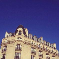 Parisian apartments. #architecture #classic #paris #travel
