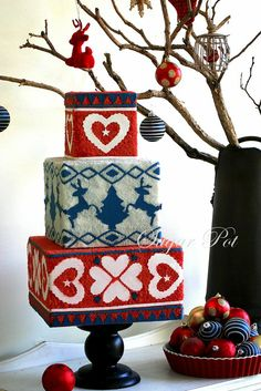 A Daggy Christmas jumper inspired cake - by Priya Maclure @ CakesDecor.com - cake decorating website