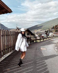 Fall ideas by Giulia de lellis Winter Jackets, Outfits, Instagram, Fall, Style, Ideas, Fashion, Chic, Winter Coats