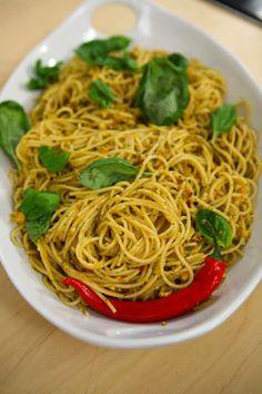 #spaghetti #pesto #recipeoftheday #cinemam https://www.facebook.com/Cinemam/photos/pb.161466250730505.-2207520000.1392822829./200016946875435/?type=3&theater