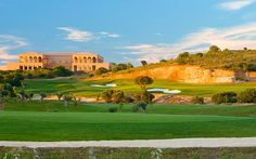 Oceanico Laguna Golf Course. Vilamoura, Algarve, Portugal. Click on image for more details and prices for golf breaks in Vilamoura in Portugal's Algarve.