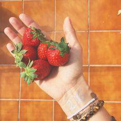 216/365: Strawberries & Ginger Tea work break  #homeoffice