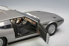 The Lamborghini Espada S2 in 1:18 scale, by Autoart. This gorgeous model of Lamborghini's grand tourer is part of Carriage House Model's fall Autoart sale...visit our blog for more information! http://blog.carriagehousemodels.com/2014/10/17/shameless-plugging-select-autoart-models-on-sale-through-1215/ #modelcars #lamborghini