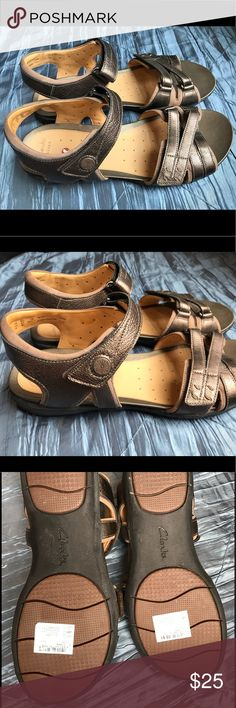 Clarks artisan unstructured Sandals Un Vasha 9.5 Clarks artisan unstructured Sandals. Excellent condition. They have been well kept, worn once, clean and ready for wear! 9.5 women's Clarks Shoes Sandals