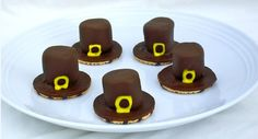 Thanksgiving Pilgram Hat Cookies great for a school party or Thanksgiving Dessert.  #Thanksgiving