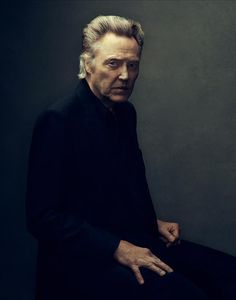 Portrait Photography of Christopher Walken Foto Portrait, Portrait Photography, Man Portrait, Celebrity Portraits, Celebrity Photos, Celebrity List, Hollywood, Men In Black, Photo Star