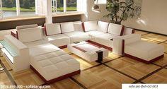 Dành cho những phòng khách cỡ lớn mà chủ nhân yêu cầu sự hoành tráng, bề thế và hiện đại. Với thiết kế đồng bộ từ ghế chính, ghế đôn, bàn trà bọc da và cả kệ hông có gắn kính, tất cả hài hòa trong một tổng thể mang đến sự sang trọng bề thế cho những căn hộ cao cấp.  http://www.sofasang.com/sofa-gia-dinh/sofa-gia-dinh-gu-003.html