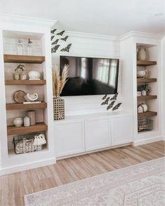 Built In Shelves Living Room, Living Room Wall Units, Home Living Room, Living Room Designs, Living Room Decor, Living Area, Living Room Inspiration, Great Rooms, Home Remodeling
