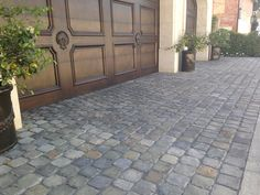 06-Historic Sidewalk Cobble