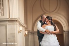 {Real Curvy Wedding} Stunning San Fran City Hall Elopement by Dana Todd Photography | The Pretty Pear Bride